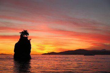 Siwash Rock Sunset, English Bay, Vancouver