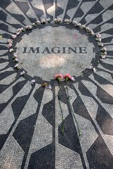 Strawberry Fields in Central Park, New York City ..