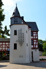 Glockenspielturm im Amthof Bad Camberg