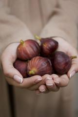 Handful of ripe figs