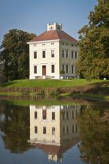 Luisium Dessau Spiegelung