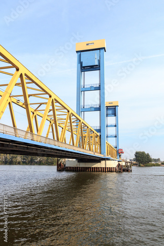 Leinwanddruck Bild Kattwykbrücke Hamburg Süd