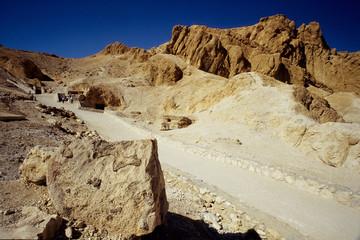 valle dei re tombe faraoni scavate nella roccia egitto luxor