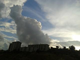 Paesaggio con nuvole