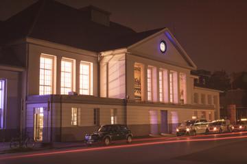 Viersener Bahnhof bei Nacht