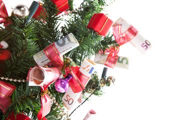 Weihnachtsbaum dekoriert mit Geldscheinen
