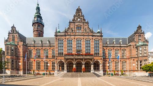 Leinwanddruck Bild Historic university building