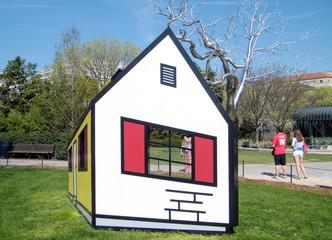 Washington the Abstract House 2010