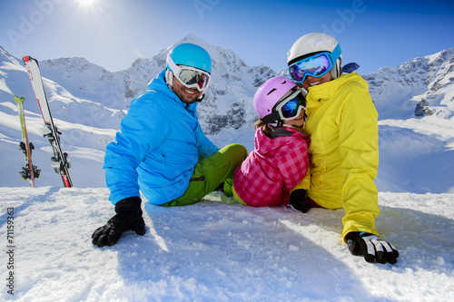 canvas print picture Skiing, winter, snow - family enjoying winter vacation