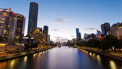 Timelapse video of Melbourne from sunset to night