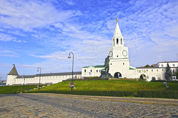 Kazan Kremlin and monument to Musa Jalil