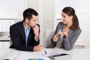 Überzeugung mit Argumenten und Charme: Frauen im Beruf