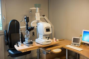 Eye test equipment in a laboratory