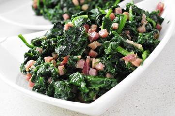 spanish espinacas con jamon, spinach with ham
