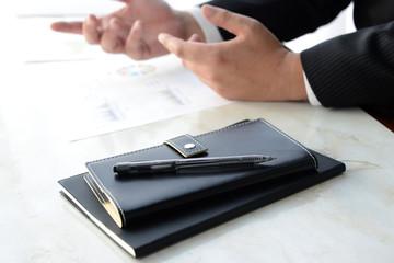 システム手帳―会議中