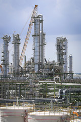Refinery plant with sky