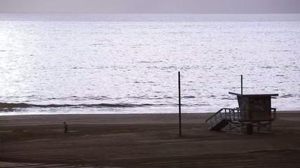 朝の浜辺_3
