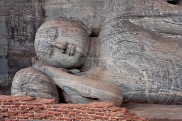 Bouddha couché au sri-lanka