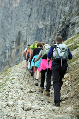 Bergtrail in den Dolomiten