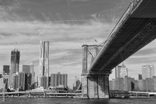 new-york-manhattan-widok-z-east-river