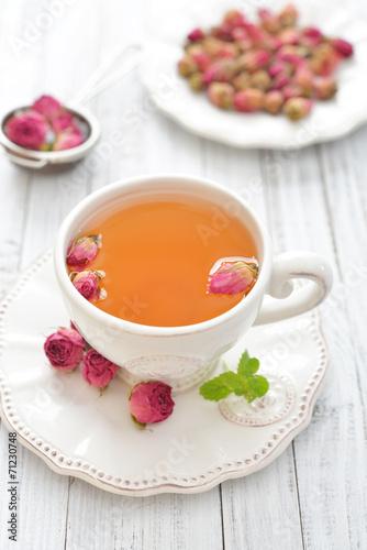 canvas print picture Rose tea