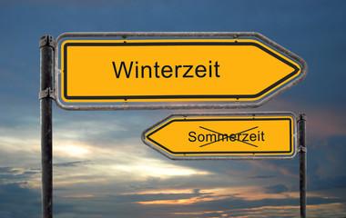 Strassenschild 18 - Winterzeit