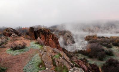 Туманное осеннее утро на речке