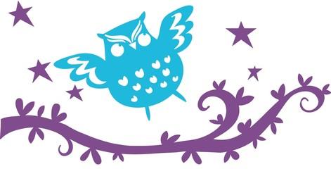 gufo blu vola su ramo