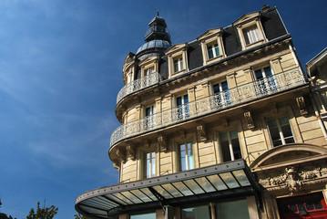 Immeuble de centre-ville français