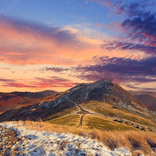 obraz lub plakat Jesień krajobraz górski, zabytkowe wygląd