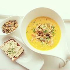 Pumkin- ginger cream soup