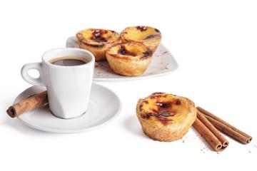 Pastel de Nata com canela e café