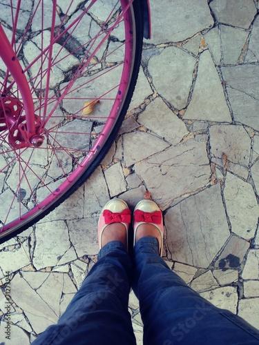 canvas print picture Scarpe con bici rosa