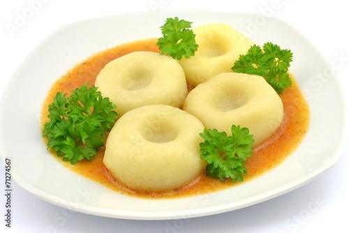 dumplings with goulash sauce - 71274567