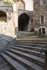 Montée escalier Cathédrale Saint-Vincent