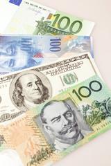 Geldscheine - USA, Australien, Europa und Schweiz
