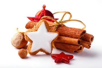 Zimtstern, Zimtstangen, Nüsse, Deko, Weihnachten