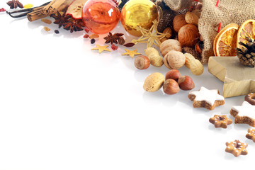 Christmas spices and nuts border