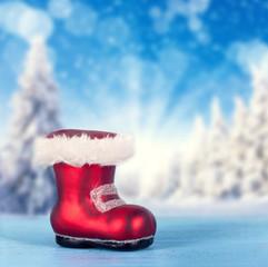 Weihnachtsstiefel im Schnee
