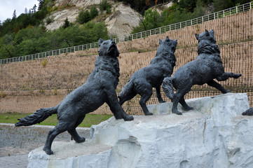 Monument to the wolves in Russia