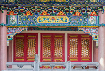 architecture of Golden Dragon Chinese temple with door
