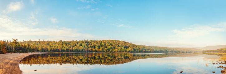 Panorama of Warren lake in the fall