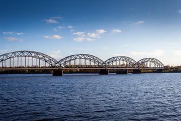 Riga railway bridge, Dzelzceļa tilts