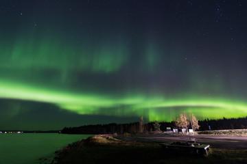 grünes Polarlicht über Jokkmokk