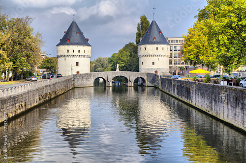 Papiers peints Fortification Medieval Broel Towers and old bridge in Kortrijk city