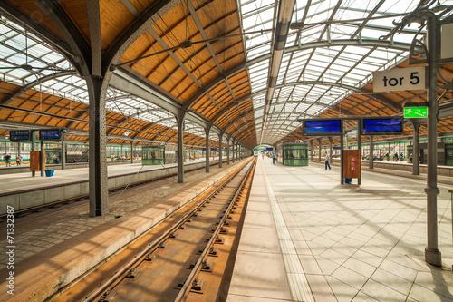 Staande foto Treinstation wroclaw railway station