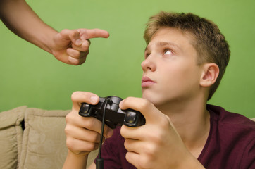 Parent schooling his kid not to play video games