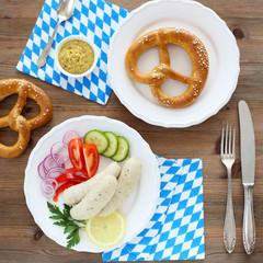 Münchner Weißwurst mit Gemüse und Brezel