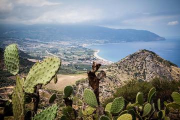 Panorama della costa tirrenica della sicilia