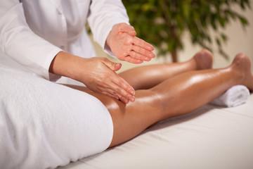 Massage of the leg